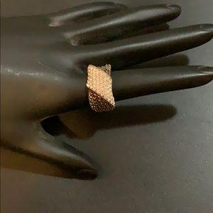 Jewelry - Silver Ring with Chocolate / Clear Diamonds 🔥🔥🔥
